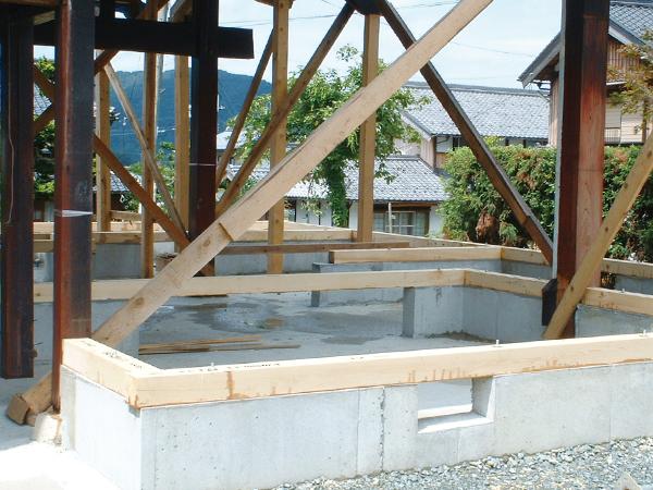 4. 基礎・土台の施工